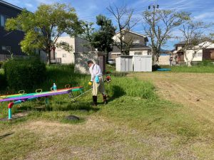 「緑の会」が公園の草刈りをしました