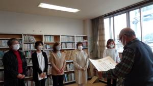 「桜絵本の会」が文部科学大臣賞で表彰されました